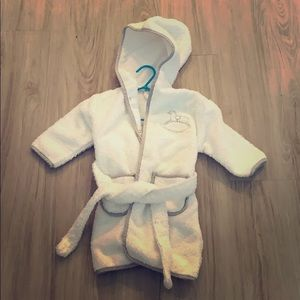Baby bath robe size 12-18 months new without tags